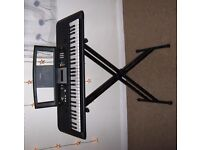 Yamaha electonic keyboard PSR-E223 YPT - 220 with stand, used but good condition, with box