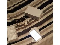 White iphone 6 on EE