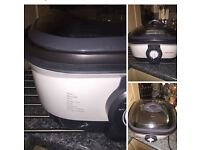 7 in 1 morphy Richards cooker. Selling due to no longer needed. Brilliant condition.