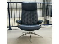 Ekornes Stressless Metro swivel recliner Blue leather chair 277201