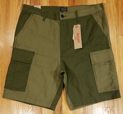 Levi's Mens Carrier Cargo 2 Tone Shorts 232510083 Size 36 Olive Green THESPOT917