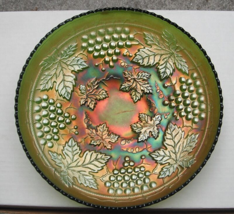 """Grape + Cable  10.5"""" Bowl--pretty green--d.agc..vintage Northwood carnival glass"""