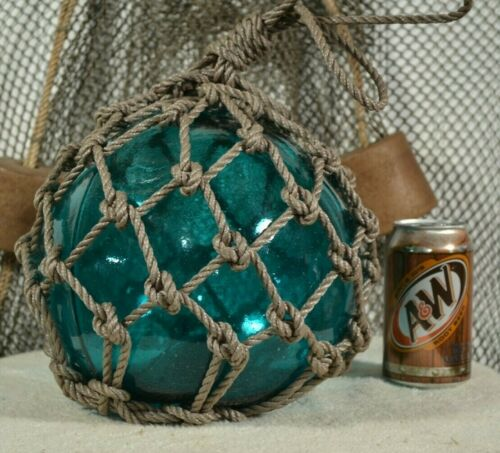 VINTAGE GLASS FISHING FLOAT IN AQUA