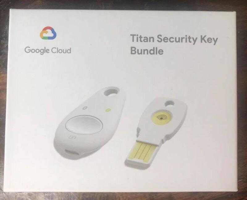 Google Titan Security Key Bundle - USB Titan - Bluetooth Titan Security Keys