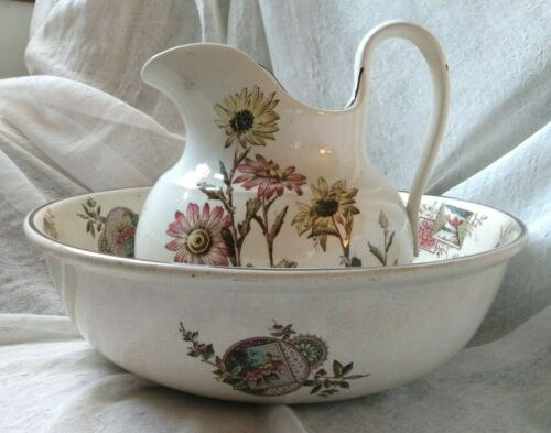Staffordshire Aesthetic period wash bowl & pitcher, painted daisies, vignettes