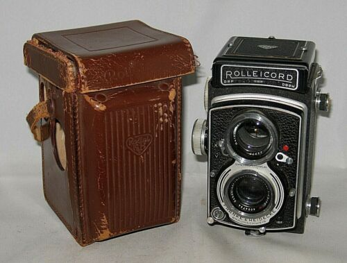Rolleicord V with case