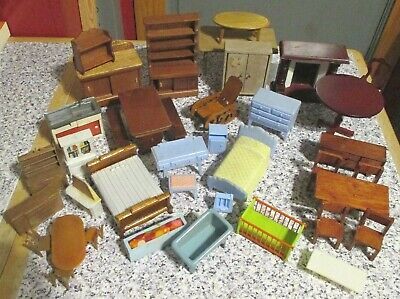 vintage * JOBLOT DOLLS HOUSE FURNITURE   - mixed scales