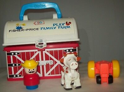 Fisher Price Little People Family Play N Go Farm Lunch Box 2008 Animal (Fisher Price Little People Play N Go Farm)