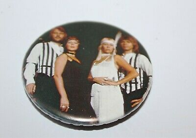 Abba Group Photo Badge Music Collectable (Lot 26)