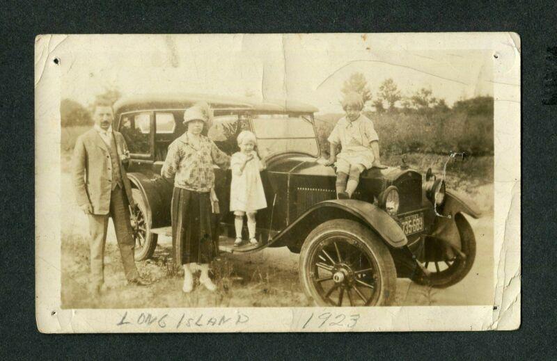 Vintage RARE Photo Family w/ 1920 Grant Six Touring RARE Car 419144