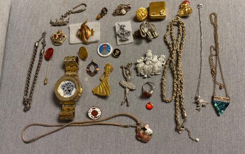 jewellery lot - Vintage Lot Costume Jewelry, No Reserve.