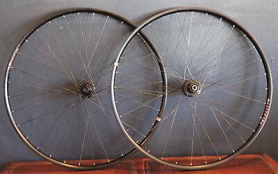 CX/Road 700c disc wheelset: Sram 716/746, Velocity Blunt SL, 12x142/15x100