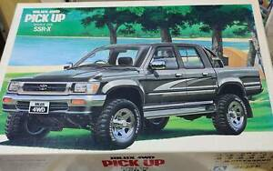 *Rare* 1993 Early Release - Aoshima Toyota Hilux SSR-X Scale Model