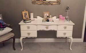 Antique dressing table Speers Point Lake Macquarie Area Preview