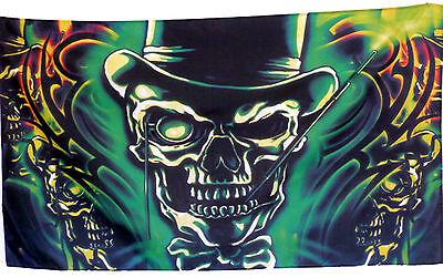 Flagge Skull Hat Totenkopf mit Hut Cooles Motiv 1,5 x 0,9m Fahne Neu - Flagge Hut