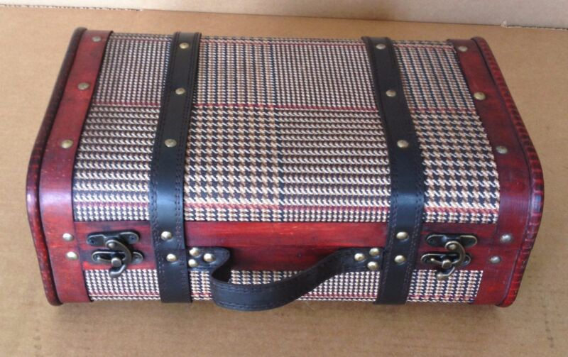 Replica Vintage-Style Wooden Suitcases (HF 018B)