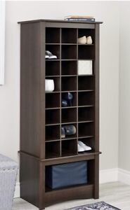 Shoe cubby stand