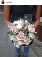 Experienced florist looking for part time work.