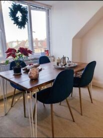 Stunning table, desk, bench, coffee table with vintage hairpin legs