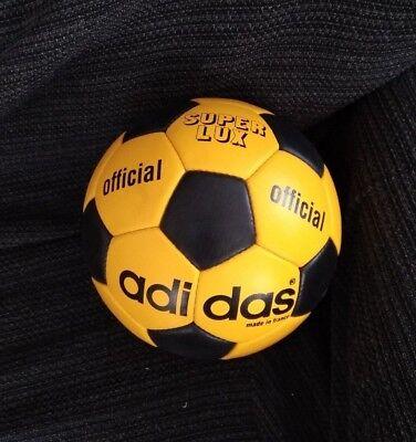 ADIDAS SUPERLUX BALL. OLYMPIC GAMES 1972 GERMANY. BALON OLIMPIADAS ALEMANIA 42f65ddb05c49