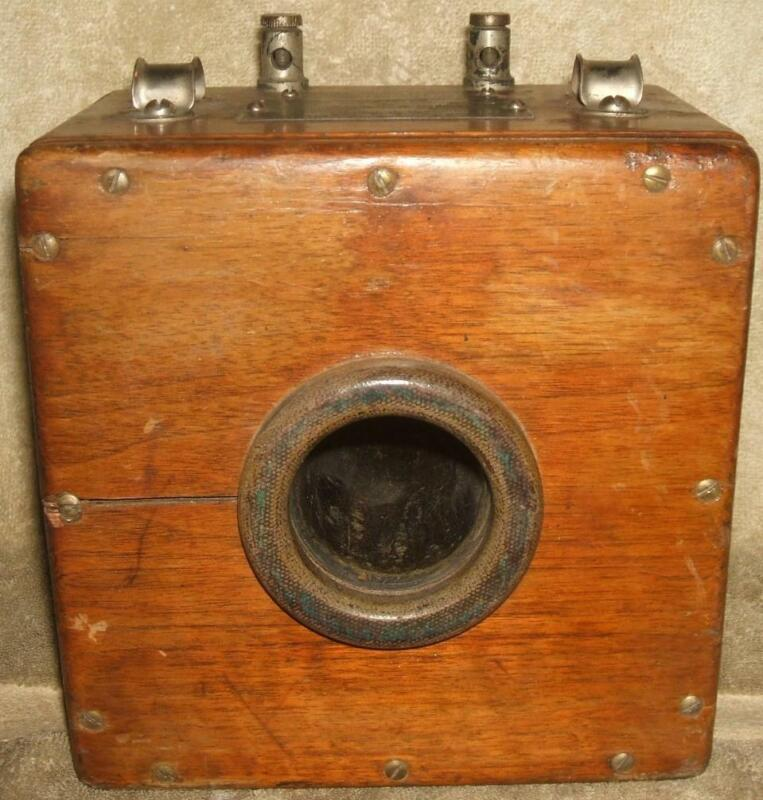 Circa 1919 Westinghouse Wood Cased 2300 Volt 400 to 5 Amp Current Transformer