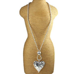 Large silver plated hollow chunky heart hammered finish pendant & bead necklace