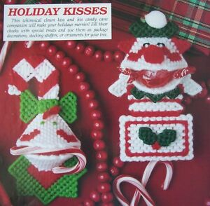 HOLIDAY-KISSES-Plastic-Canvas-Pattern-2-CHRISTMAS-CLOWN-SQUEEZUMS-Only ...