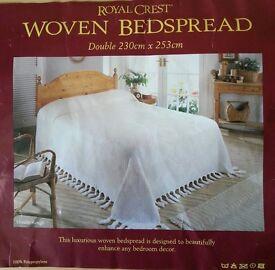Woven Bedspread in Cream (New)