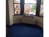 Well Presented Furnished 1 bedroom flat in Paisley Town Centre.