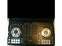 Ddj sx + magma carry case. In good condition. Only used at home