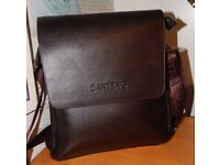 Danten's Leather Cross Bag Stunning