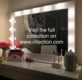 Hollywood Vanity Makeup Lightbulb Mirrors