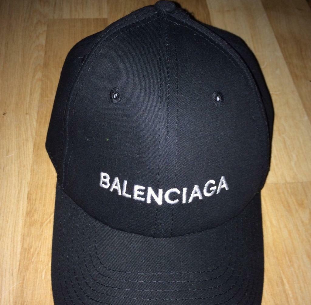 86150de9bc4 Balenciaga cap