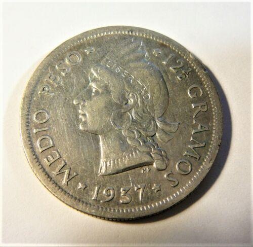 Dominican Republic Silver 1937 Medio Peso SB1