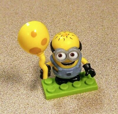 Despicable Me 3 Mega Construx Minions Series 10 with Cheese Balloon - Minions With Balloons