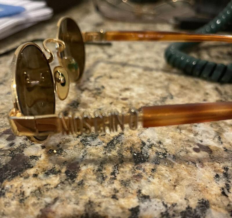 Moschino Vintage Womens Sunglasses Pristine Condition. Rare Find!