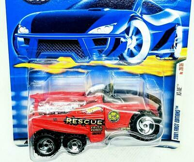 2001 Hot Wheels First Editions 26-30 XS-IVE Red w RZR SB Fire Truck Collector 40