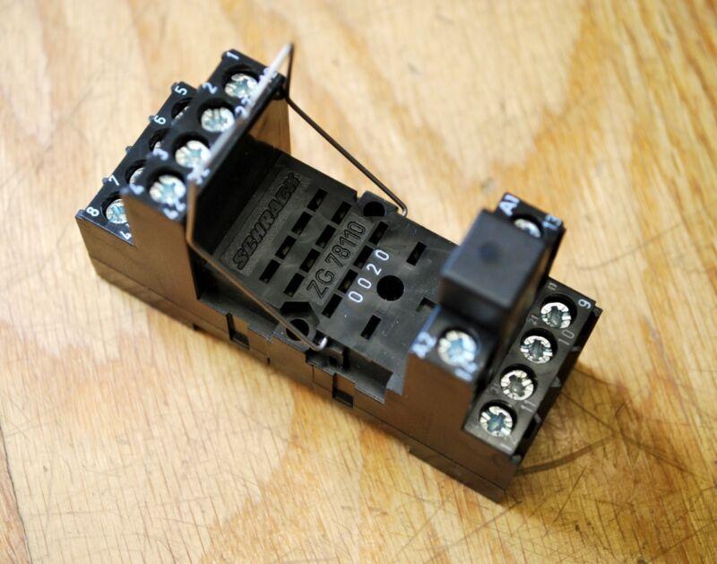 Schrack ZG 78110 6A. 250 volts - NEW