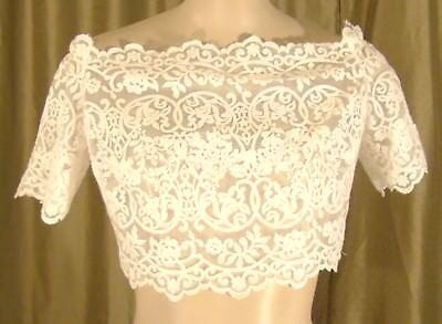 Sehr Hübsche Weiße Spitze Geknöpft Hochzeitskleid Brust Cover Arm (Hübsche Hochzeits-kleider)