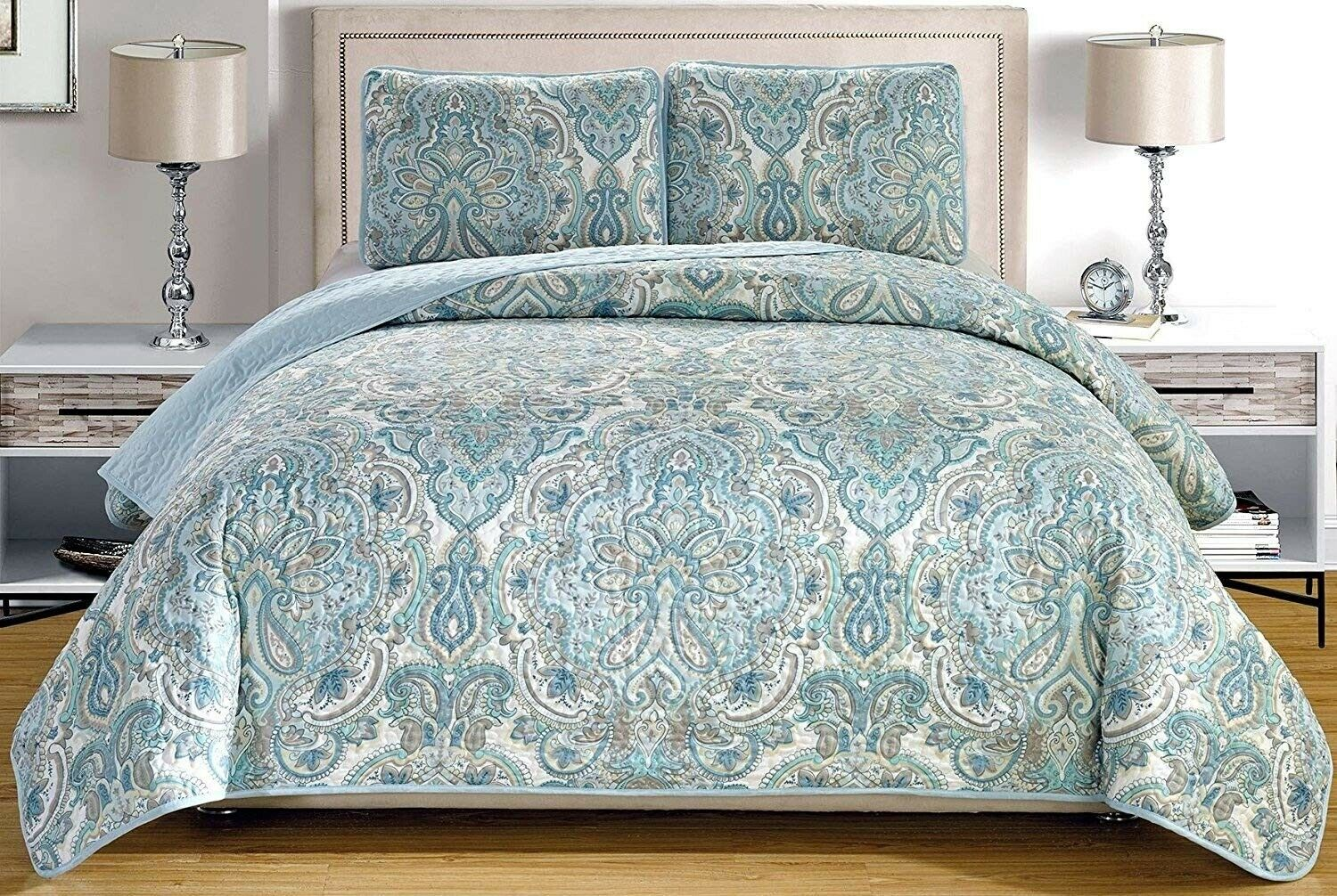 Pale Blue Grey Paisley Quilt Reversible FULL Size Coverlet S