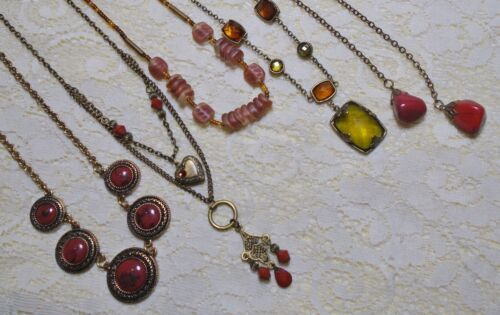 ASSORTED BRONZE TONE RUST COLOR GLASS & LUCITE BEADED PENDANT CHAIN NECKLACE LOT