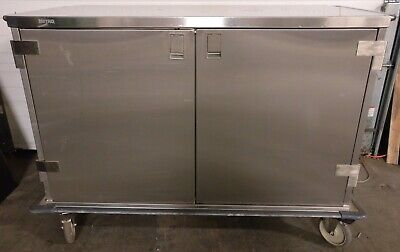 Metro Stainless Steel Closed Case Medical Cart Case48-l6s-p