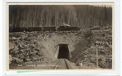 LOWER SPIRAL TUNNEL: Canadian Pacific Railway postcard (C28714) ()