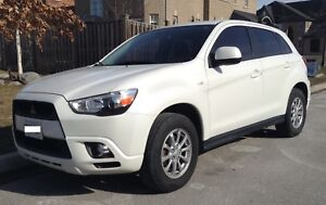 Great vehicle for all seasons! All Wheel Drive Mitsubishi RVR SE