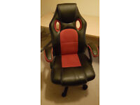 Gaming Chair in Good condition