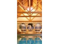 private luxury swimming pool spa £45 up to hire up to 5 people children under 2 free
