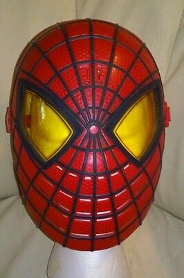 Spiderman Talking Mask Light-Up Eyes Halloweeen Kids Marvel Avengers