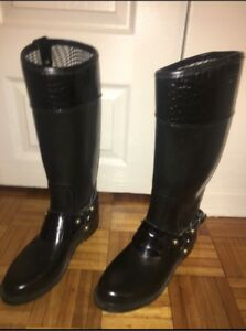 Uterque Leather Boots