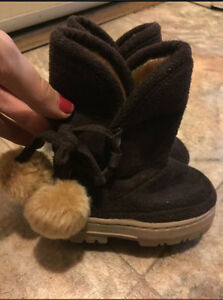 Size 6 winter/fall baby boots
