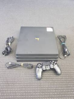 SONY PS4 Pro - Black - With Controler - **BARGAIN**